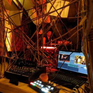 Kunst unterm Dach Backstage